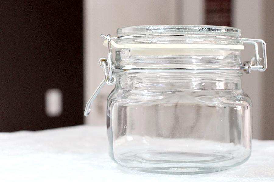 Pote de vidro com fechamento hermético